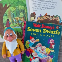 Snow White Little Golden Books