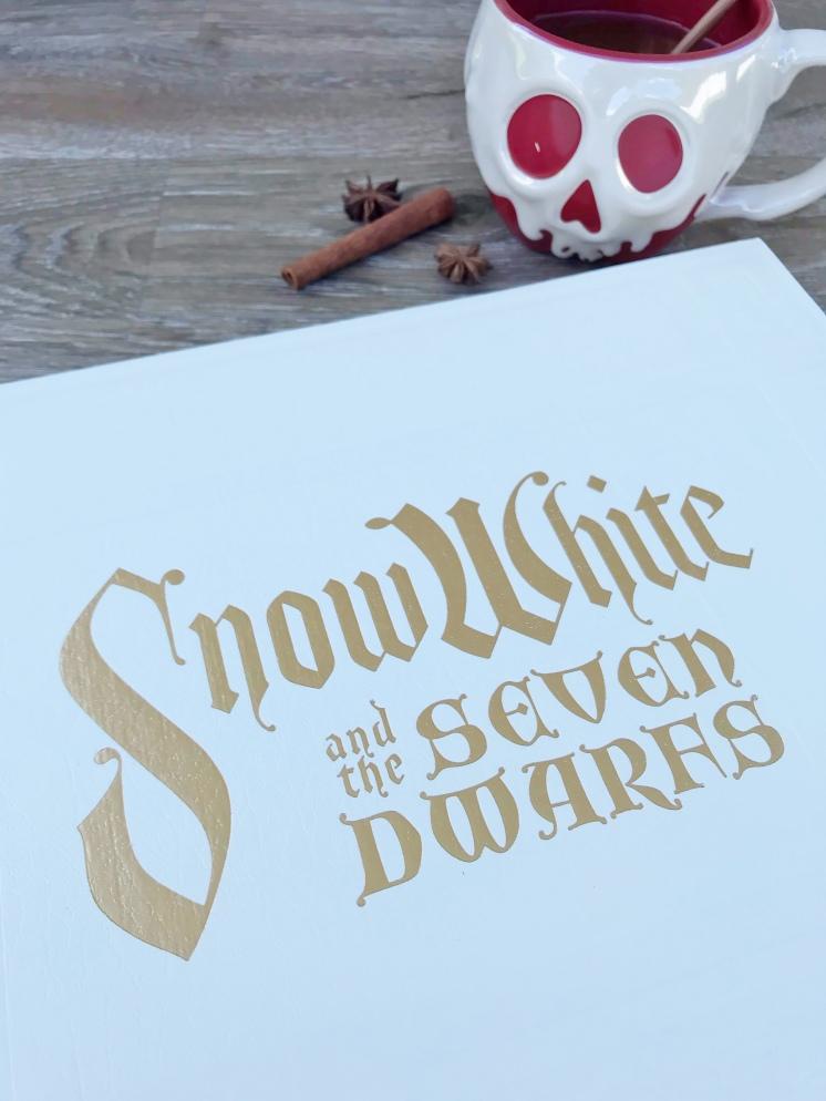 Snow White Studio Book