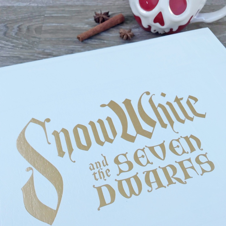 Snow White Studio Book
