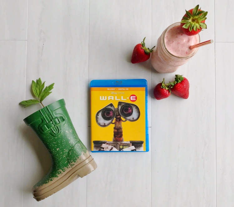 WALLE Movie Night - A Magical Kingdom called Home - Delicious smoothie and green earth project inspired by our Disney Movie Night